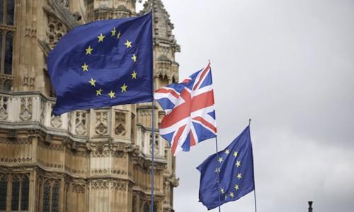 하원 투표마저 불발… 메이, EU에 브렉시트 연기 요청