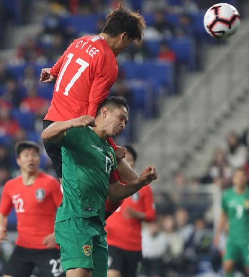 '벤투호 2기' 첫 출항… 이청용 골로 볼리비아에 1-0 승리