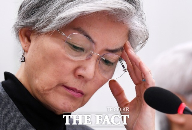강경화 장관, 발언 논란…美 2차 북미회담 '요구'는 핵 동결? 폐기?