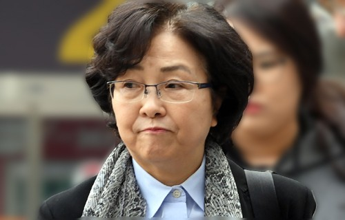 영장심사 김은경 전 환경부장관, 靑 개입 질문에 '…'