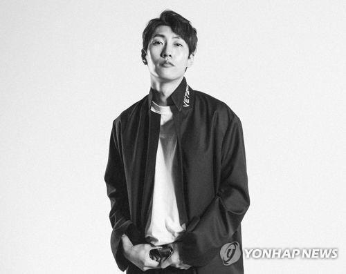 """가수 숀 내달 입대…""""복무 중에도 신곡 발매할 것"""""""