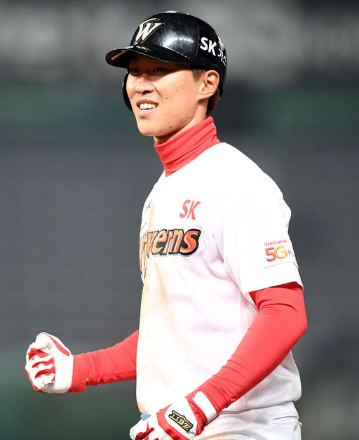'추격포' SK 박승욱, 시즌 첫 안타를 홈런으로