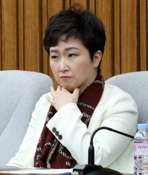 """이언주 """"당장 한국당行 NO...文폭정 막기 위한 보수단일화 역할론 고민 중"""""""