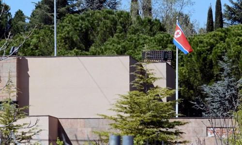 美, 스페인 北대사관 침입자 기소