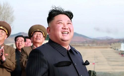 """""""北헌법 개정 '김정은 국가수반' 등극 관측 빗나간 듯"""""""