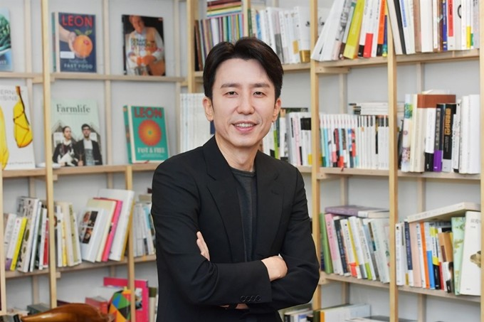 """'스케치북' 10주년… 유희열 """"나는 음악인들 총무 같은 사람"""""""