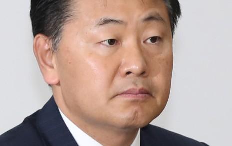 유승민+일부 안철수계까지 '사퇴' 압박... 김관영의 선택은?