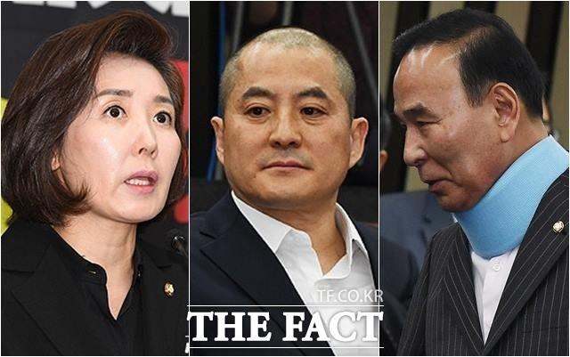 패스트트랙 후폭풍 '상복·삭발·깁스' 침울한 한국당