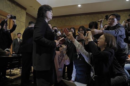 """최선희 """"비핵화의지 변함 없어…미국 셈법 바꿔야"""""""
