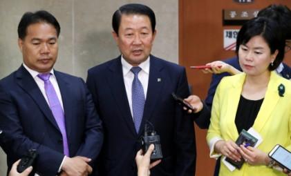 """국민의당 """"문준용 특혜 제보 SNS와 녹음파일 조작이었다""""며 공식 사과"""