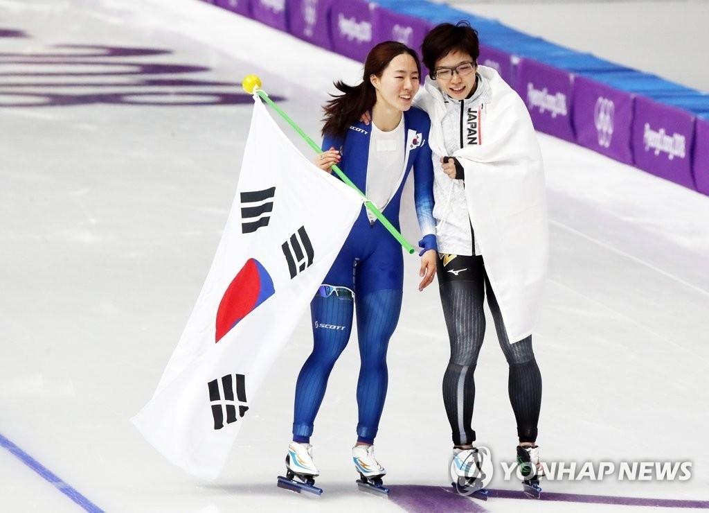 고다이라 나오, 한국도 반했다