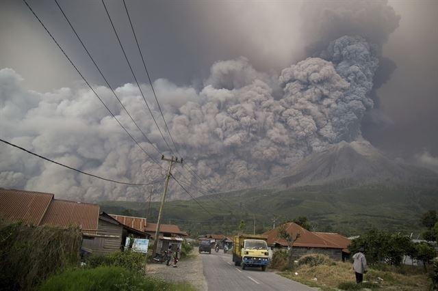 인도네시아 화산폭발, 대재앙 시작됐다?
