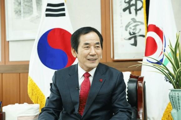 """하창환 합천군수 """"내년 지방선거 불출마"""" 뜻 밝혀"""