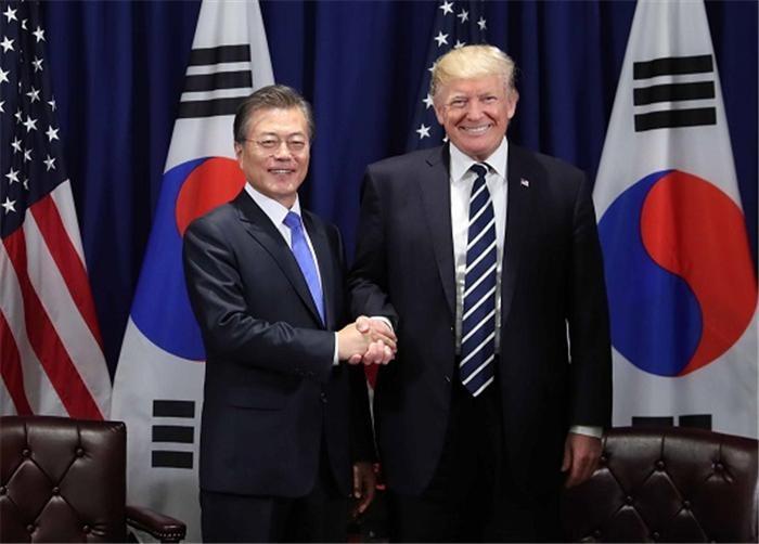 """한미 정상 """"한국 최첨단 군사자산 획득·개발"""" 합의"""