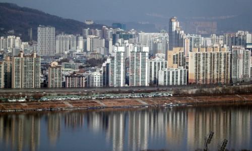 서울 전셋값 5년8개월 만에 하락
