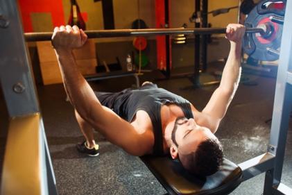 강해지려다 되레...어깨충돌증후군 발생