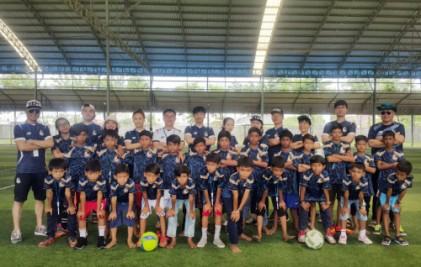 서울 이랜드 FC, 캄보디아 희망 선물하다