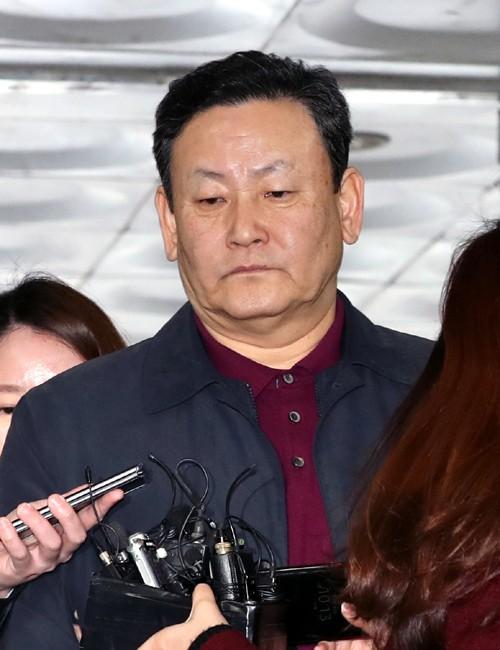 다스 비자금 두 줄기 확인… 檢, MB 옥죄기 가속