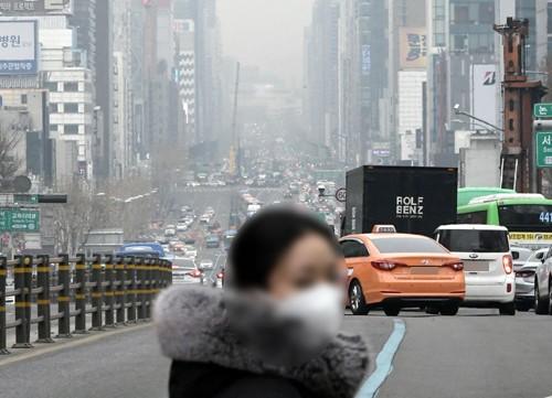 박원순 '미세먼지' 대책에 경쟁자들 일제히 포문