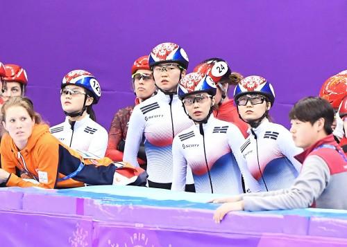 '압도적 1위' 한국 여자 쇼트트랙 3000m 계주 금메달, 적수조차 없었다