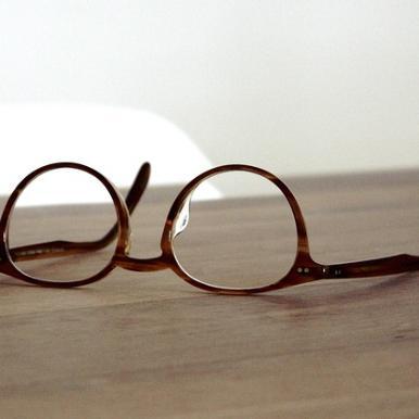 안경 교체시기는 언제가 좋을까