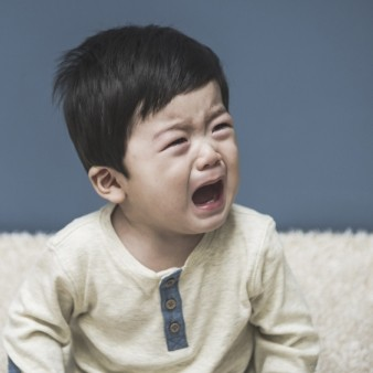 아토피 피부염 악화요인, 모유수유로 예방 가능할까?