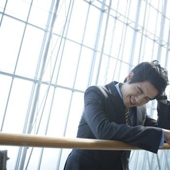 쉽게 낫지 않는 '지루성피부염' 증상과 효과적인 치료법