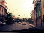 폭우 속 안전하게 운전하는 방법