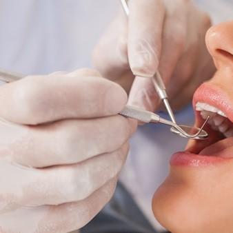 치아 신경치료에 실패하면 발치해야 하나요?