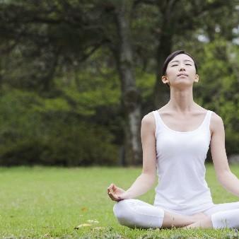 혈액순환, 변비해소까지? '심호흡'의 건강 효과 4