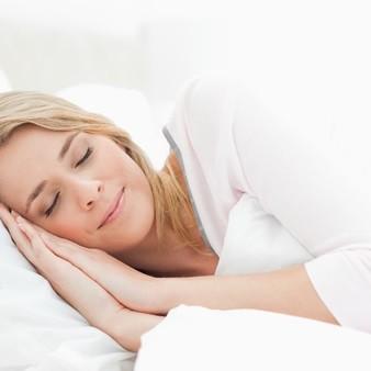 양질의 수면으로 시험관아기 성공률 높이기