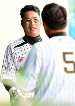 외면당한 김상현, 끝내 얻지 못한 명예회복의 길