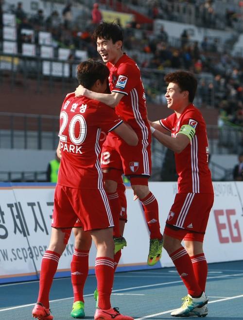 리그 2위 확정 지은 부산아이파크, 남은 경기가 중요한 까닭은?