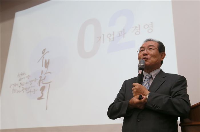 CJ헬스케어 지분인수 한국콜마, 증권사·신평사 평가 엇갈려