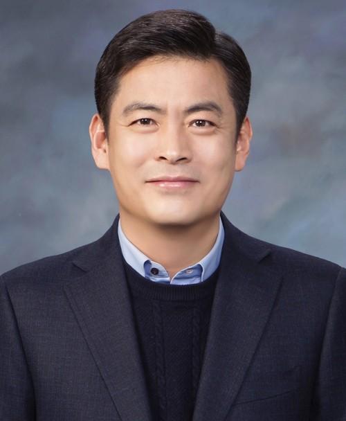 로엔, '카카오 M'으로 사명 공식 변경… 이제욱 대표 선임