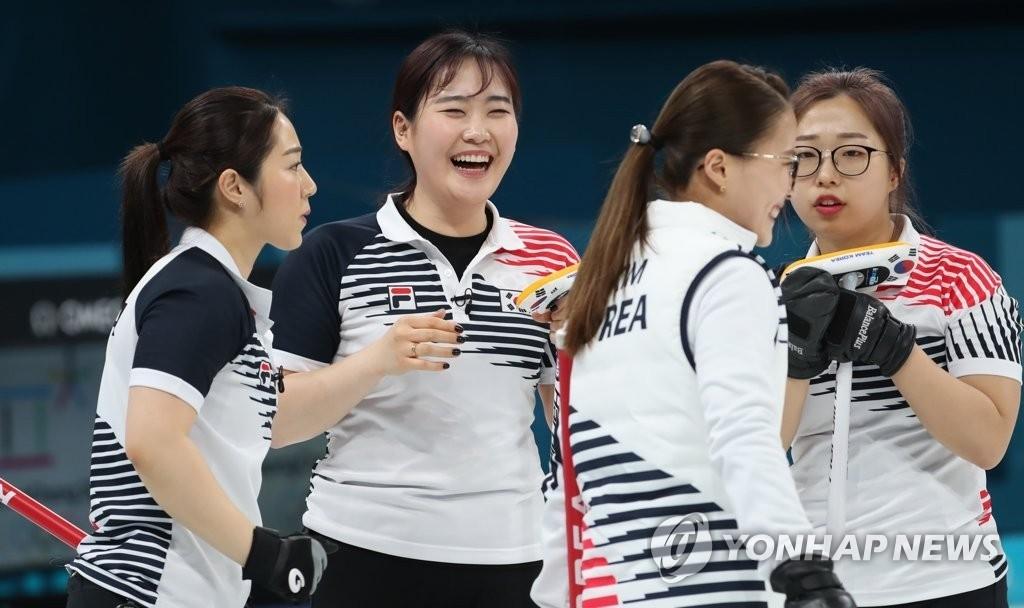 컬링 순위, 한국 앞에서 백기투항?