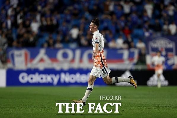 알렉스 82m 골은 역대 2위, K리그 장거리 골 1위는?