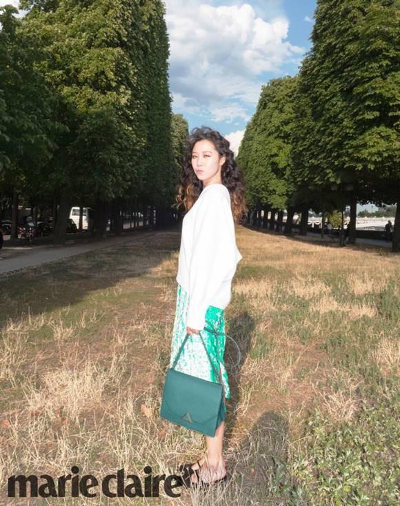 공효진, 아우라 돋보이는 패션 화보 공개…파리지엔 등극