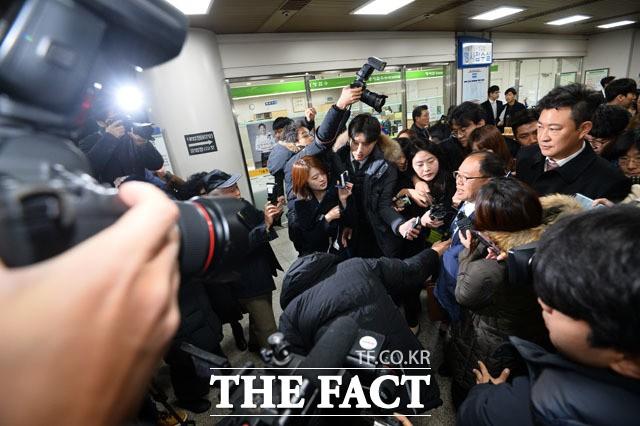 박근혜 '공천 개입' 재판도 국선변호인으로…총 8명 지정