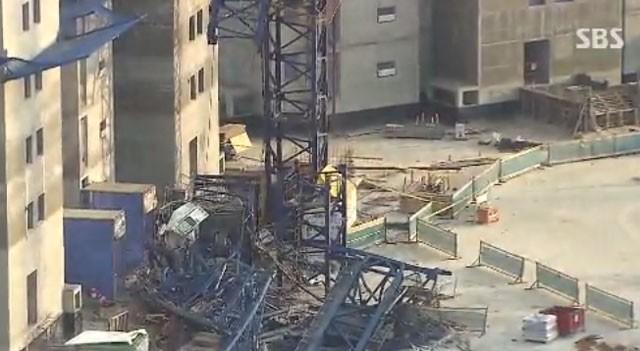 남양주 아파트 공사 현장서 크레인 추락…5명 사상