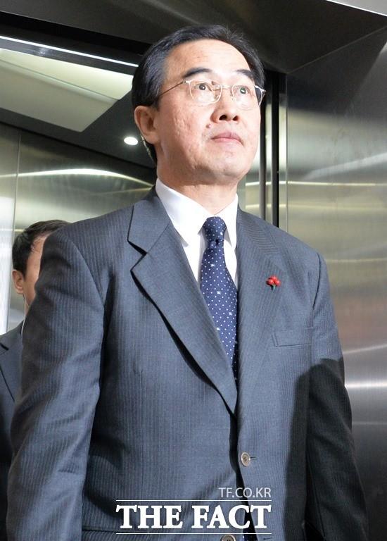 """조명균 """"북한에 점검단 '파견 중지' 사유 요청…일정 다시 협의할 것"""""""