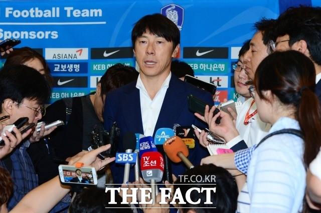 축구대표팀과 K리그의 이상한