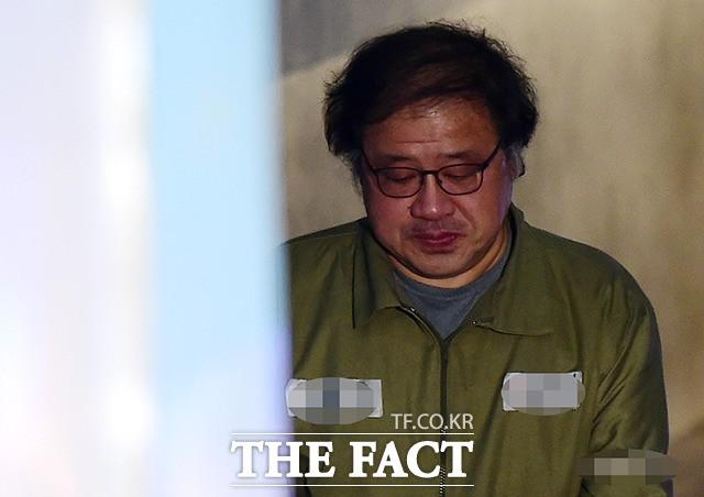 고개 숙인 안종범 ,결심공판 출석