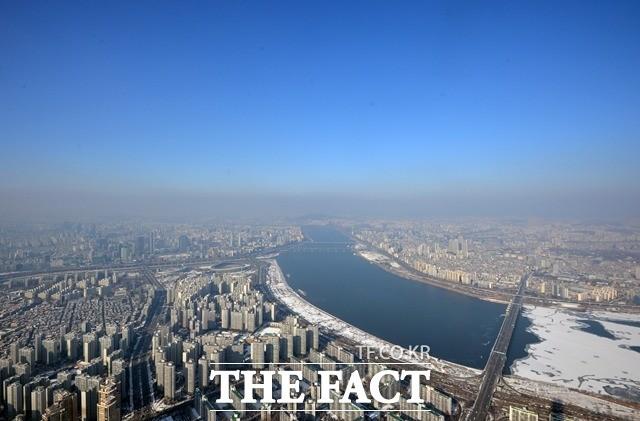 서울 포함 수도권 곳곳 눈…낮 기온 상승