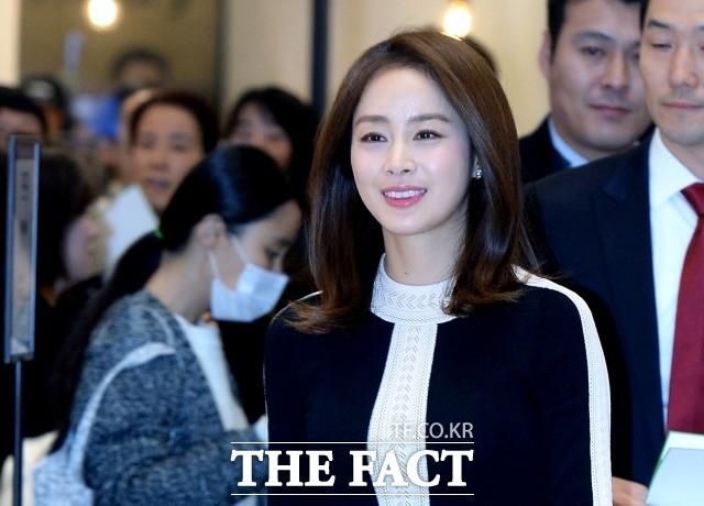 김태희 출산 후 29일 첫 공식 행사…연예계 복귀 시동