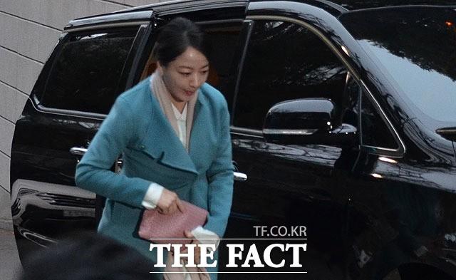 노현정, 단아한 한복 차려입고 故 정주영 명예회장 17주기 제사 참석