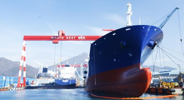 창원 STX조선해양, 석유운반선 폭발사고…하청업체 직원 4명 사망