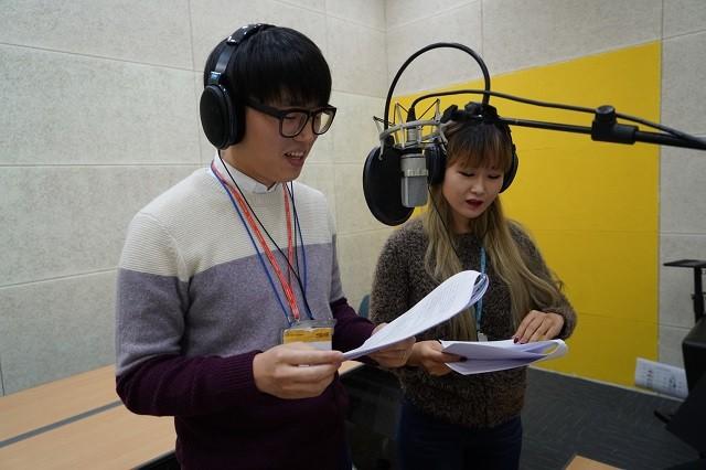 """""""우리 목소리가 희망됐으면"""" 넷마블 직원들 재능기부"""