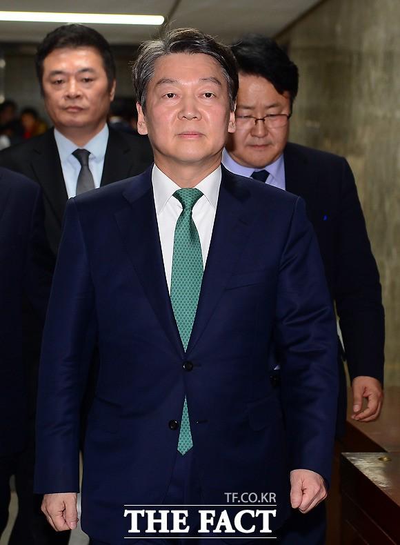 """안철수, 여성 원외협회장에 """"싸가지 없다"""" 막말 논란"""