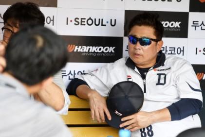 김태형 감독, 게실염으로 응급실 치료 후 입원